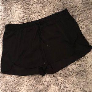 H&M women's black shorts with elastic waistband